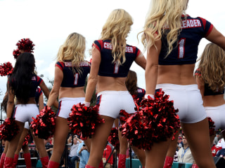 Super Bowl's Viral Audi Ad Highlights Wage Gap Issue as NFL Cheerleaders Sue League