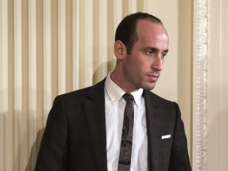 Trump Adviser Stephen Miller Mum On Trump Confidence In Mike Flynn