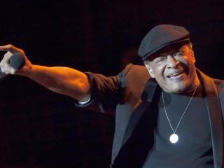 Al Jarreau, Legendary Jazz Singer, Dies at 76
