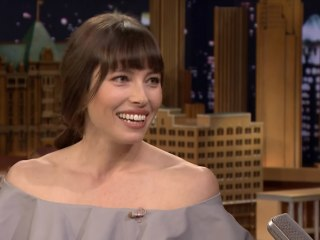Jessica Biel dishes on eating in the shower: 'This is just mom life'