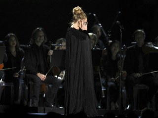 Tearful Adele Wins Raves for Insisting on Starting George Michael Tribute Over Again at Grammys