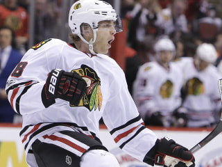 WATCH: Blackhawks, Sabres Battle On Hockey Day in America