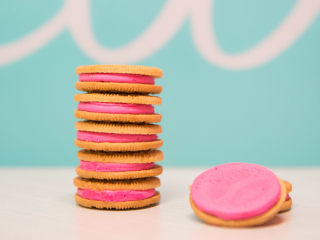 Peeps Oreos? We tried the new limited-edition flavor