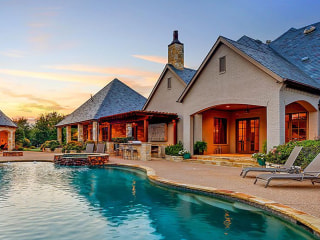 Come and get it! Selena Gomez's stunning Texas home is on the market