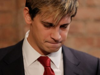 Yiannopoulos Quits Breitbart, Apologizes for Uproar Over Year-Old Comments