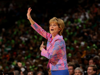 Baylor's Women's BBall Coach Defends School Amid Scandal