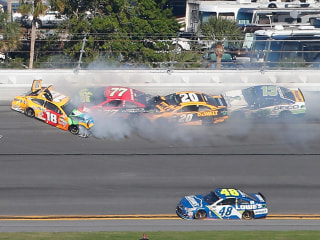 Dale Jr., Ky. Busch Face Early Daytona 500 Exit After Crash