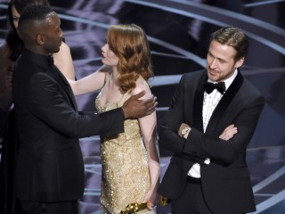 Oscars Best Picture Fiasco Unfolds On Stage at Academy Awards