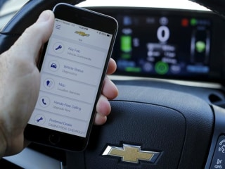 Connected Homes and Cars Can be Difficult for New Buyers to Un-Plug