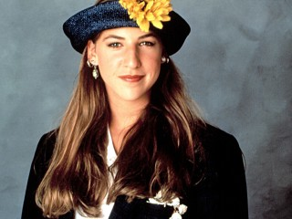 Mayim Bialik Reunited With Her 'Blossom' Hat — and It Was Perfect