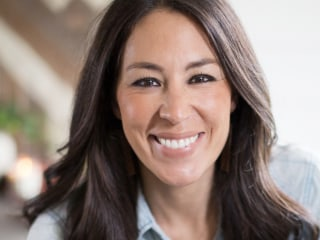 Joanna Gaines clears up skin care line rumors on Instagram: 'This is a SCAM!'