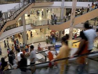 Despite Declining Sales, Do Shoppers Still Prefer Brick-and-Mortar Stores?