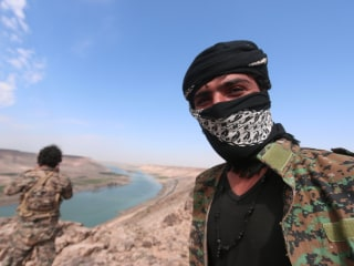 U.S.-Backed Forces Launch 'Daring Offensive' to Take Taqba Dam from ISIS