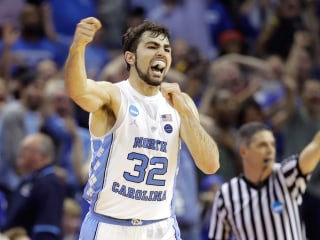 No. 1 North Carolina Advances to the Final Four Over Kentucky