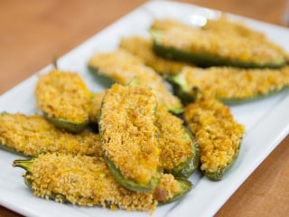 Joy Bauer's healthy March Madness snacks: Hummus poppers & vegan spinach dip