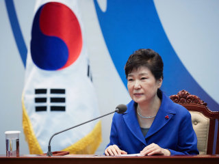 South Korean Prosecutors Seek Arrest Warrant for Ousted President Park