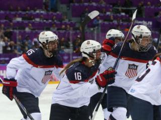 U.S. Senators Speak Up as USA Women's Hockey Continues Boycott