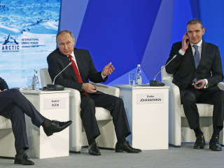 Vladimir Putin Misquotes Ronald Reagan to Deny Election Hacking