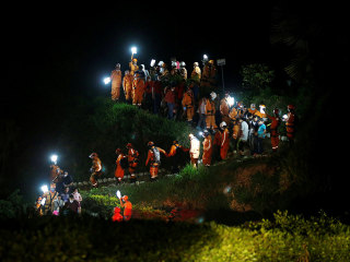 Colombia Mourns Hundreds Killed in Mudslides
