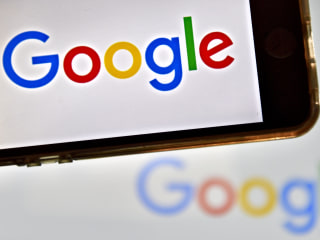 Feds Accuse Google of Underpaying Female Employees