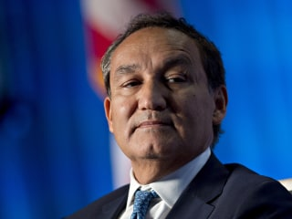 United CEO Oscar Munoz Blames David Dao Incident on 'System Failure,' Apologizes for Rabbit Incident