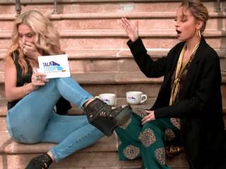 High-Five Fail! Watch Host Accidentally Slap Nicole Richie