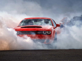 New Dodge Demon Is the Fastest Production Car in the World, Can Even Pop a Wheelie