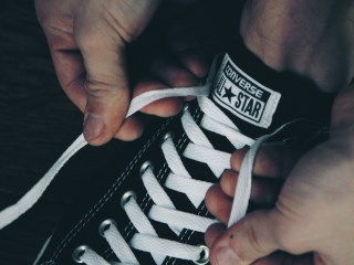 Here's Why Your Shoelaces Are Always Coming Untied