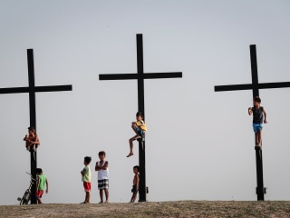 Voices: 'Jesus Is Crying!' Memories of  'Viernes Santos' in the Island