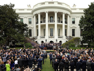 Patriots Defend Differences in 2015 and 2017 White House Photos