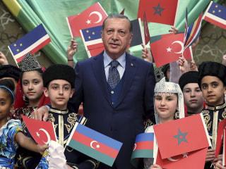 Donald Trump Wins Turkish Friends by Cozying to Turkey's Erdogan