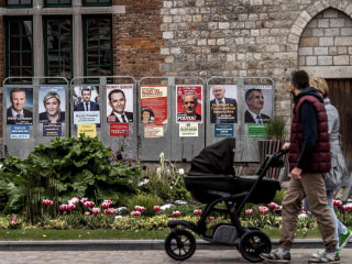 U.S. Eyes Russian Meddling in French Presidential Campaign