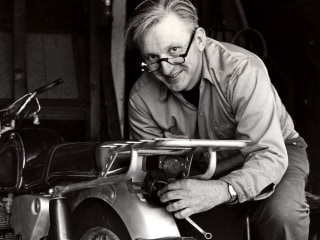 'Zen and the Art of Motorcycle Maintenance' Author Robert Pirsig Dead