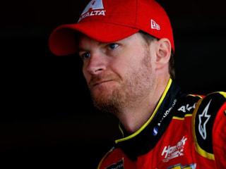 Dale Earnhardt Jr. to Retire From NASCAR After 2017 Season