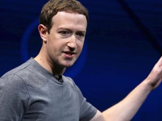 Facebook Is Hiring 3,000 More People to Keep the Network in Check