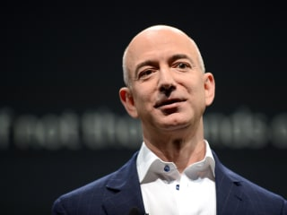Jeff Bezos (Briefly) Becomes the World's Richest Man, Surpassing Bill Gates