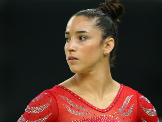 Aly Raisman responds after 'rude and uncomfortable' body-shaming incident