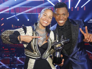 Alicia Keys Gets First 'Voice' Victory with Chris Blue
