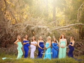 Hurricane Mamas! Women Who Conceived During Matthew Meet for Photo