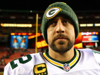 Aaron Rodgers Gets Weird Texts From New Packers Star Teammate
