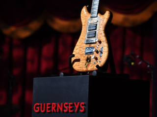 Jerry Garcia's Guitar Fetches $1.9 Million at Auction