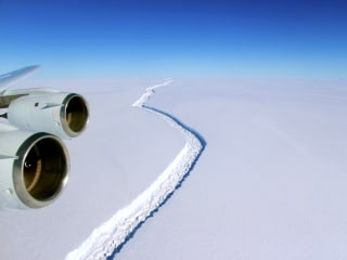 Iceberg About the Size of Delaware Breaks off Antarctica