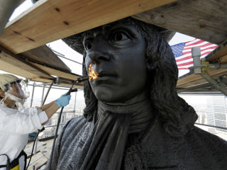 Philadelphia Revitalizes 125-Year-Old William Penn Statue