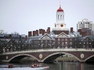 Harvard Revokes Admission of Several Students for Posting 'Offensive' Memes