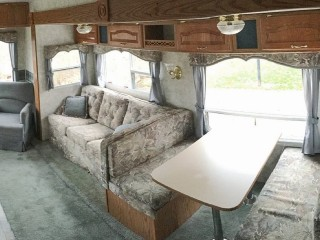 See this rundown RV turn into a chic home after a huge makeover