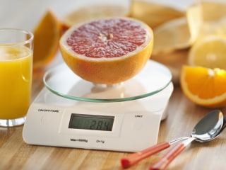 Want to Lose Weight? Weigh Your Food for a Week