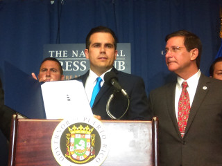 Puerto Rico governor projects no payment on island's debt until 2022