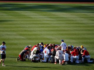 After Shooting, Baseball Brings Democrats and Republicans Together