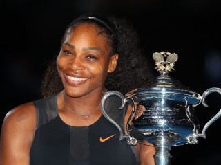 Tennis Legend Confused Over Criticism of Serena Comments
