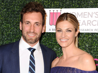 Erin Andrews Shares Photos of Wedding to Former NHL Player Jarret Stoll